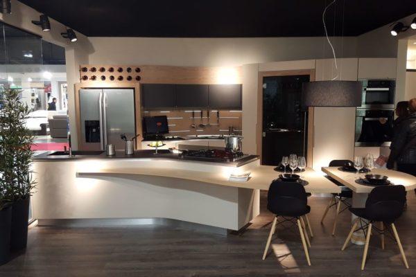 Cucina Snake Artigiano in Fiera Milano