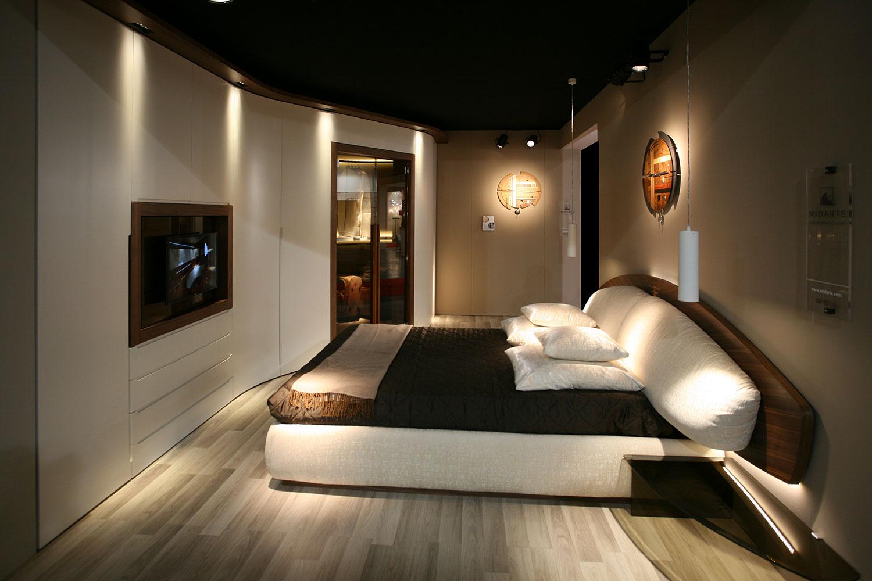 Come trasformare la camera da letto in una camera di lusso for Armadio moderno camera da letto
