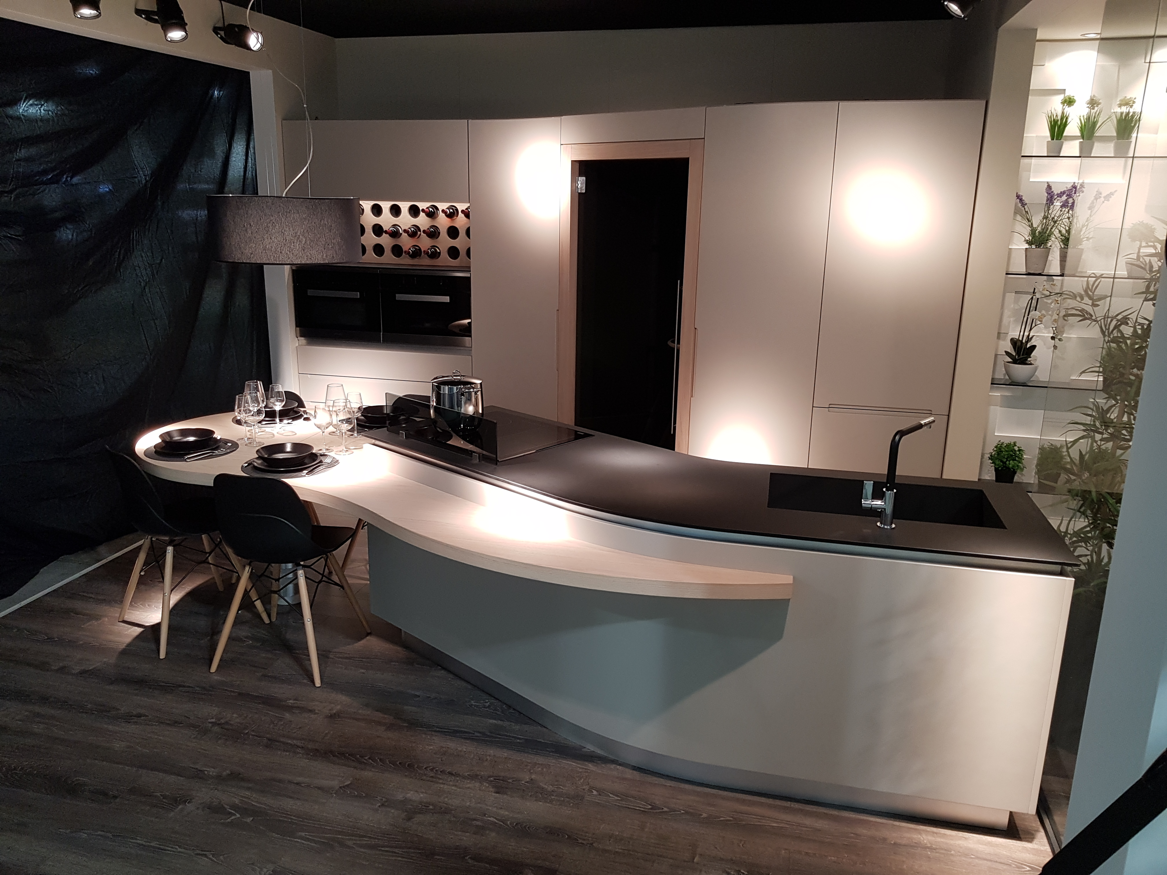 Cucina Snake di lusso moderna artigiano in fiera 2018 - Midarte